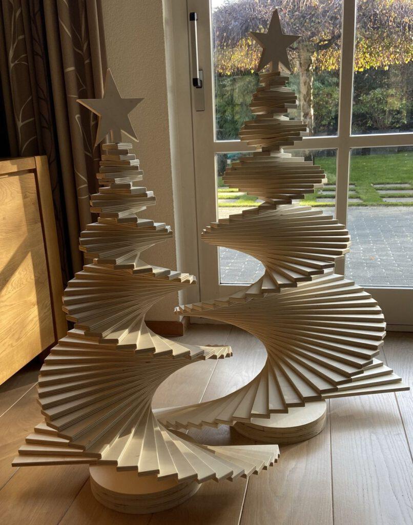 Trendy 'waaier' Kerstboom